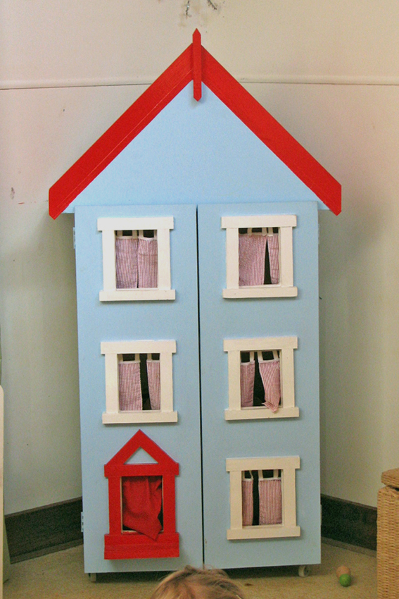 Dolls home